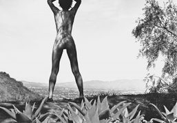 Remy Holwick on Mulholland Drive, Los Angeles