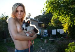 DORA YODER TOPLESS IN HER HOLLYWOOD BACKYARD, Los Angeles