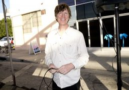 Thurston Moore setting up before his gig at Printed Matter at Geffen…