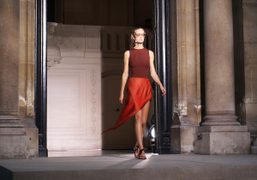 Maison Martin Margiela S/S 2015 show at Hôtel Salomon de Rothschild, Paris