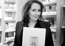 The polariod artist Maripolat the book signing forMaripol X, a collection of…