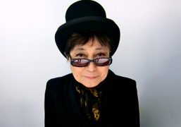Yoko Ono before the threeASFOUR F/W 2012 Show, New York. Photo Sabine…