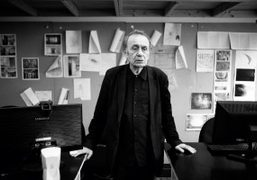 Read our interview with artist Vito Acconci in Purple Fashion #21 now...