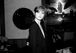 Lindsey Wixson backstage and the Rodebjer F/W 2014 show, New York. Photo Skylar Williams