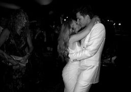 Joséphine and Mark Ronson kissing at their wedding, Les Milles, Aix-en-Provence. Photo…
