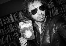 Selfportrait with a Xmas gift for Purple from the photographer Katja Rahlwes,…