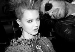 Lindsay Wixson and Olivier Zahm at ChanelHaute Couture S/S 2012show, Tokyo. Photo…