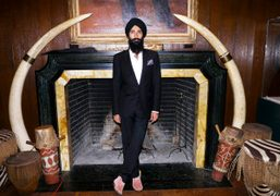 Waris in Africa: A Diamond Journey at the Explorers Club, New York