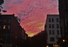Sunset on the 2nd Avenue, New York. Photo Juliana Balestin