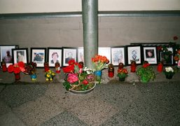 Tribute at the Embassy of Ukraine, Berlin. Photo Maxime Ballesteros