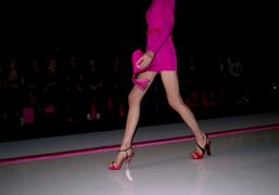 One look from the Ungaro Spring/Summer 2010 show. Photo Olivier Zahm More…
