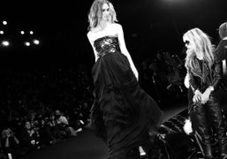 One look of a nothing-new-to-report show from the Diane Von Furstenberg Fall/Winter…