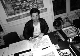Andre Saraiva working on his drawings for the Saint Tropez Louis Vuitton…