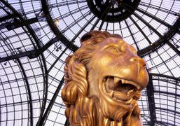 The gigantic reproduction of Mademoiselle Chanel's favorite decorative animal (her astrological sign)…