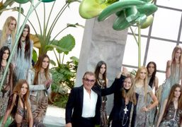 Roberto Cavalli and his models S/S 2011, Milan. Photo Caroline Gaimari