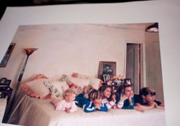 Annabelle and Alexander Dexter-Jones, Samantha, Charlotte and Mark Ronson at a young…