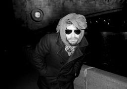 Olivier Zahm freezing as well on a walk along the Moskva Reka,…