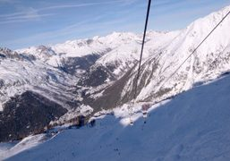 Going to ski very early in the morning, Les Grands Montets, Argentières,…