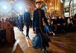 """Olivier Theyskens F/W 2017 show inspired by Luc Besson's 1990 thriller """"La..."""