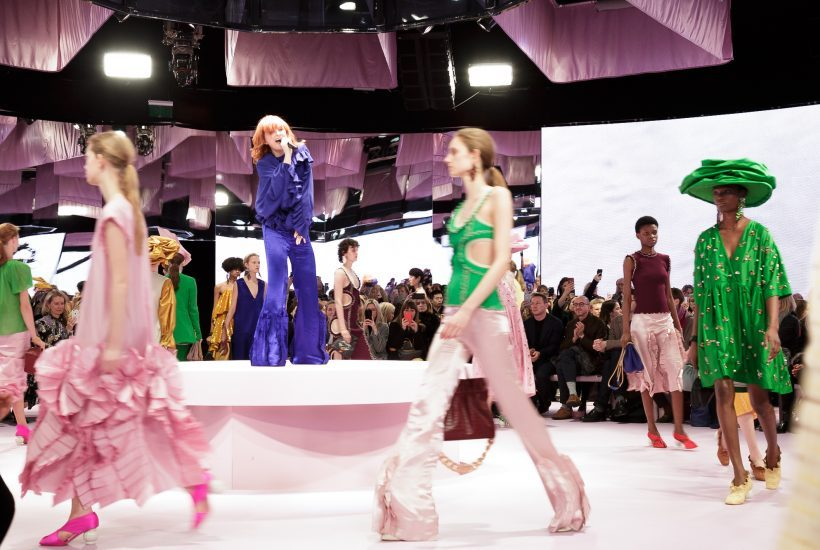 Mulberry S/S 2018 show featuring a performance by Alison Goldfrapp at Spencer House, London