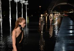 Saint Laurent s/s 2019 show at Fontaine du Trocadéro, Paris